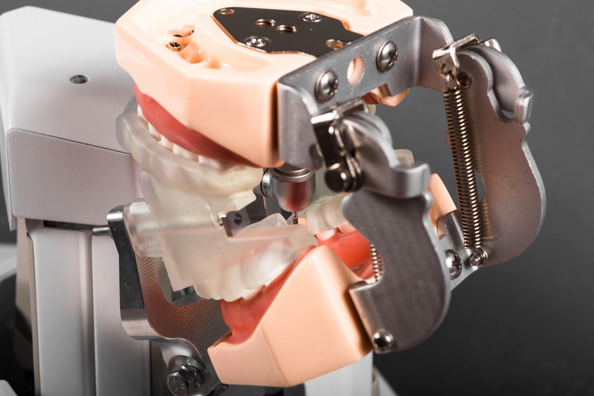 dentist_robot_remion_design_budapest_12